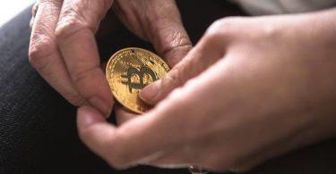 Menggali Mata Uang Kripto hingga ke Akarnya